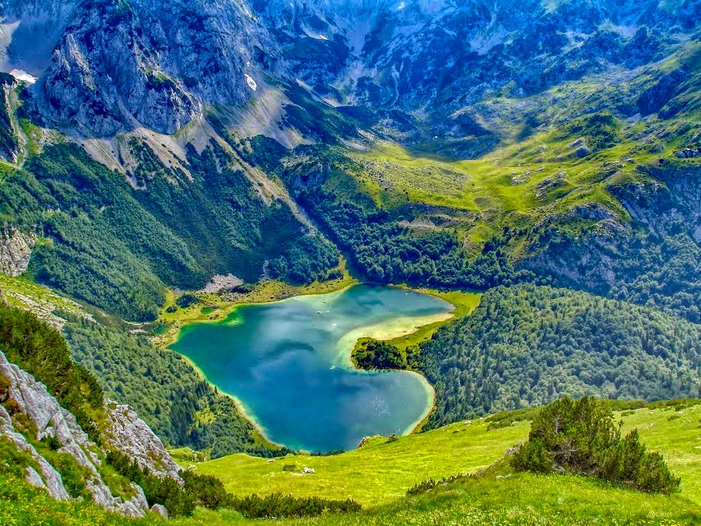 national-park-sutjeska-trnovacko-lake