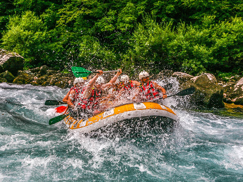 tara-rafting-kamp-sutjeska-tjentiste