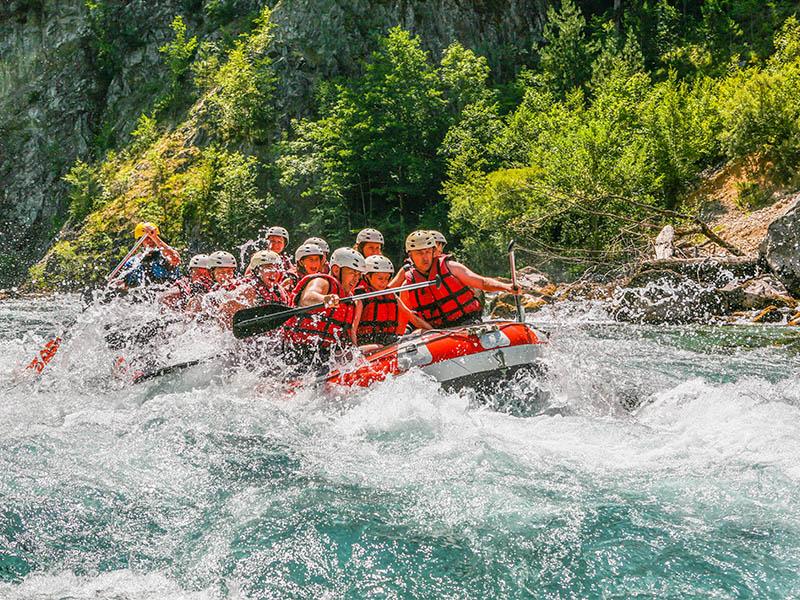 tri-dana-rafting-aranzman-kamp-sutjeska